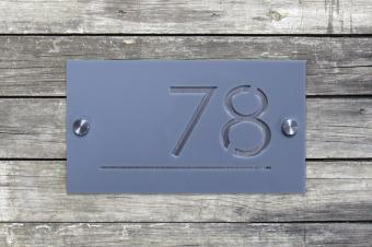 Numar de casa personalizat 12.5 x 22. 5 cm Plexiglas/ Aluminiu