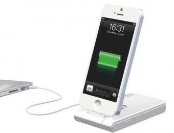 Incarcator LEITZ Complete, 3 în 1 cu conector Lightning  pentru iPhone 5/5S/5C/6/6 Plus - alb
